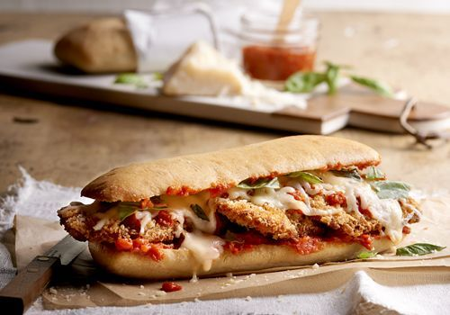 A recipe for a delicious chicken parmesan sandwich.